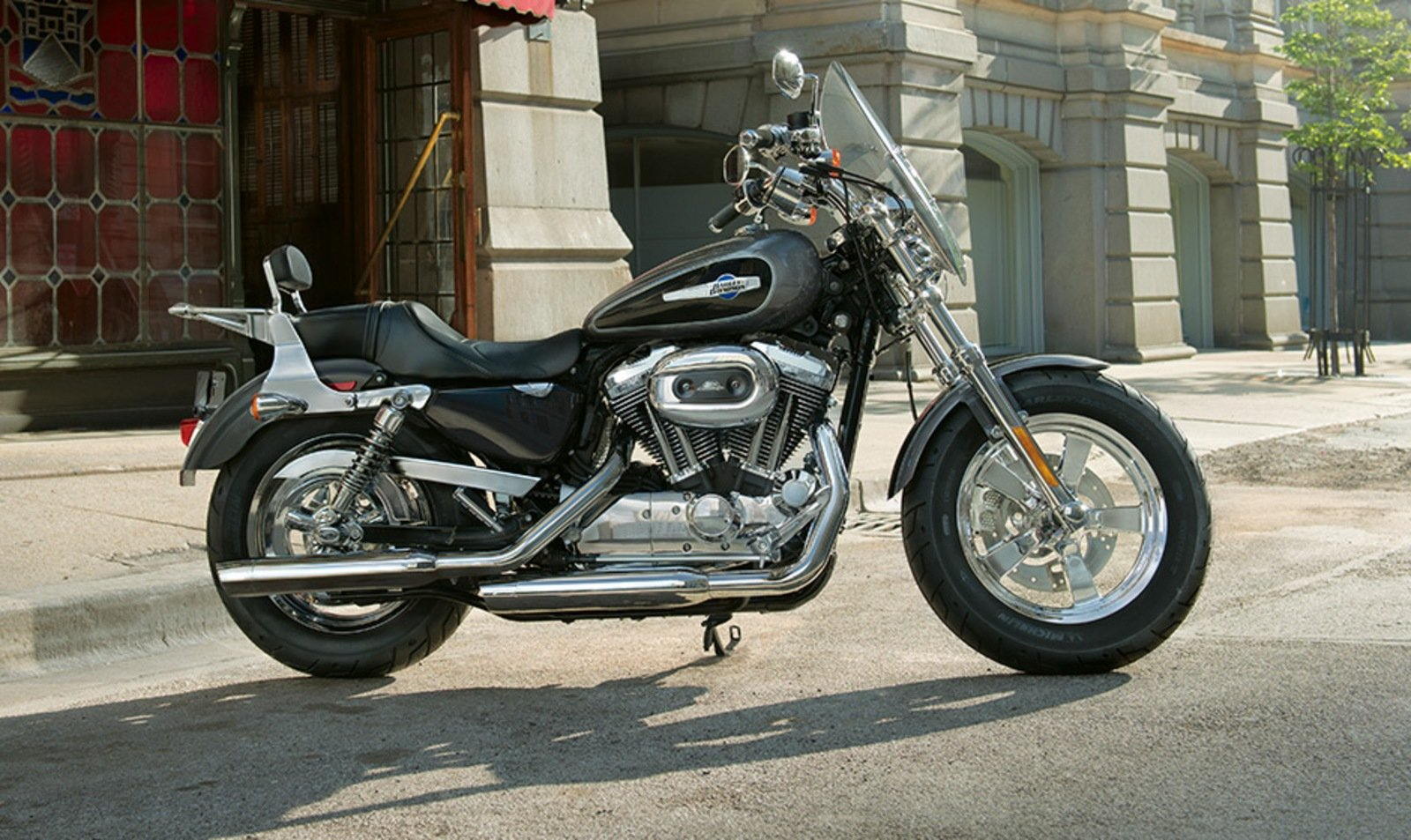 2014 harley davidson 1200 custom review top speed. Black Bedroom Furniture Sets. Home Design Ideas