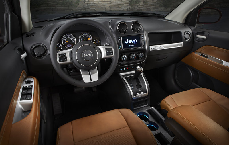 2014 Jeep Compass High Resolution Interior - image 520833