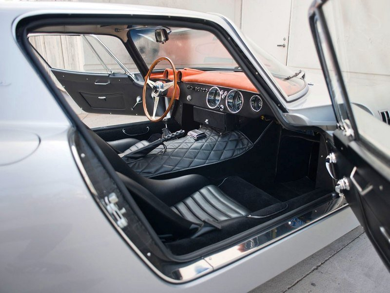 1965 Bizzarrini 5300 GT Strada Alloy Interior - image 520183