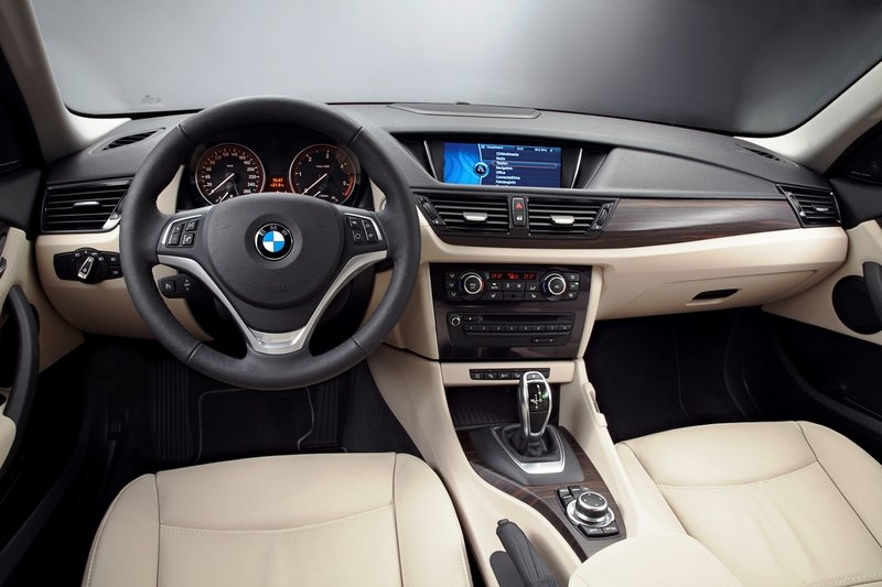 2014 BMW X1 M Sport sDrive28i High Resolution Interior - image 517829