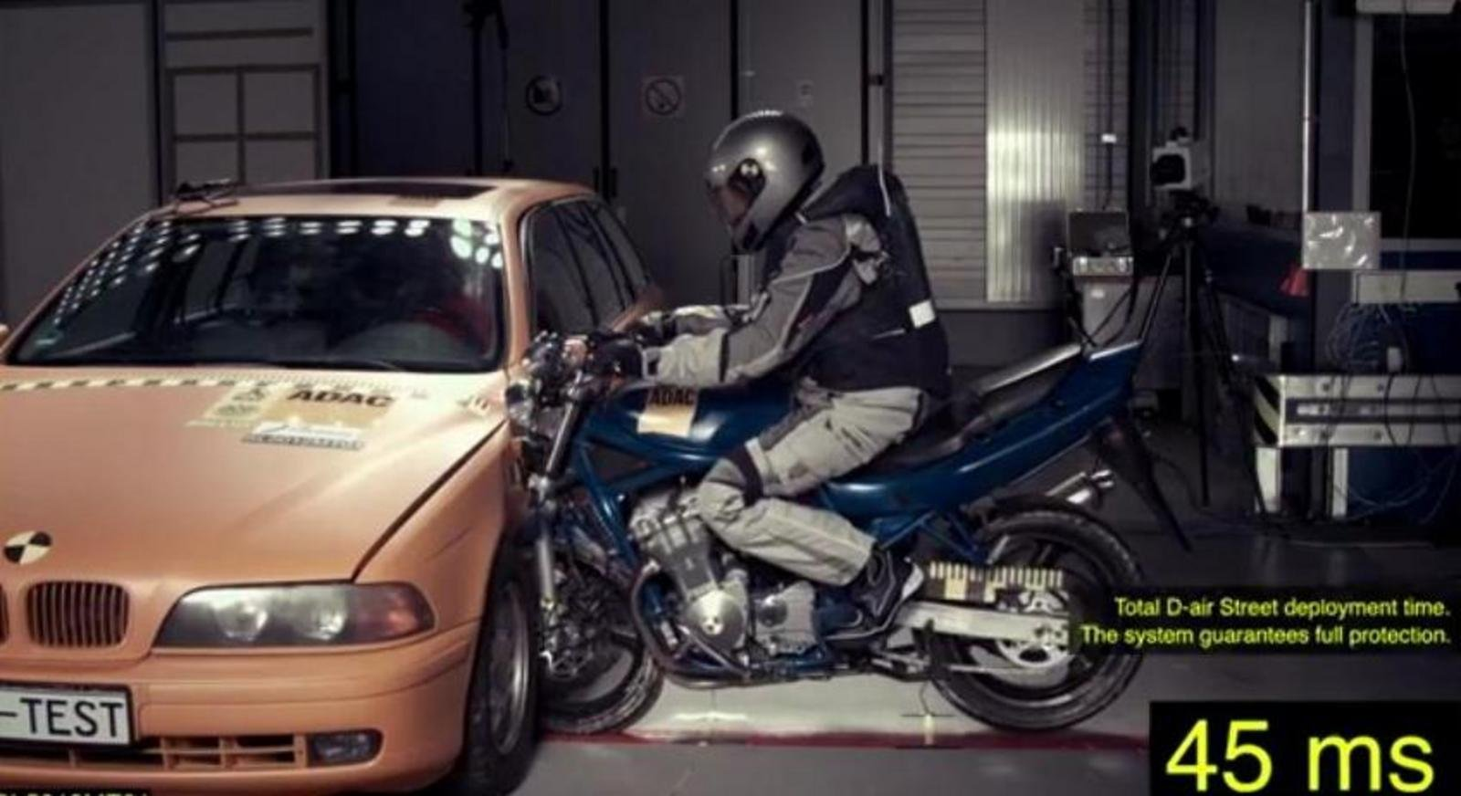 dainese 39 s d air suit with integrated airbags was crash. Black Bedroom Furniture Sets. Home Design Ideas