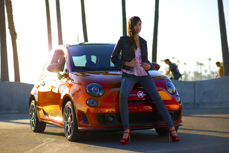 2014 Fiat 500 Cattiva High Resolution Exterior Models Female - image 518706