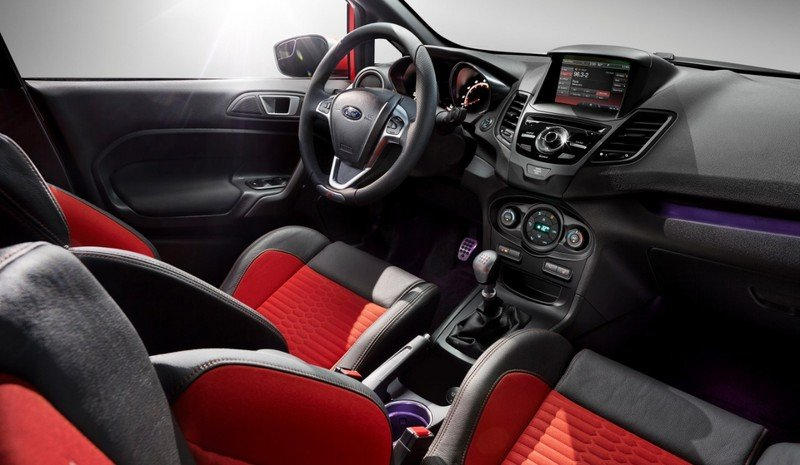 2014 - 2015 Ford Fiesta ST Interior - image 518717