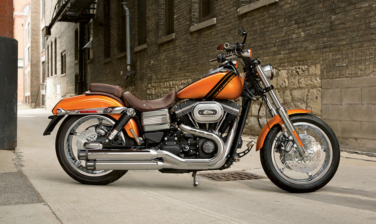 2012 harley davidson dyna fat bob review top speed. Black Bedroom Furniture Sets. Home Design Ideas