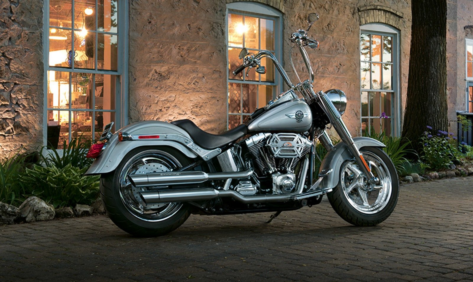 2014 harley davidson softail fat boy review top speed. Black Bedroom Furniture Sets. Home Design Ideas