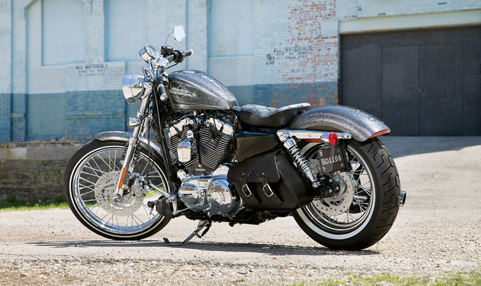 2014 Harley Davidson Seventy-Two Review - Top Speed