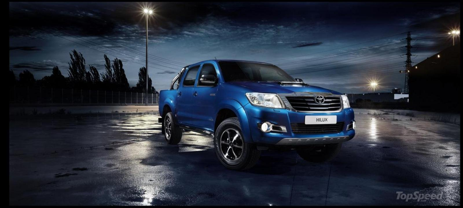 2013 Toyota Hilux Invincible Review - Top Speed