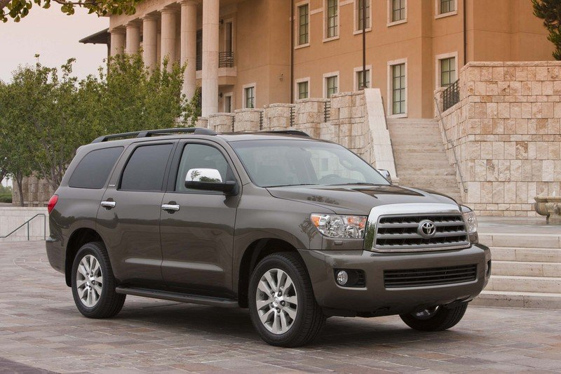 2013 Toyota Sequoia High Resolution Exterior - image 523376