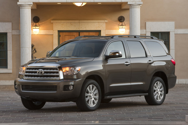 2013 Toyota Sequoia High Resolution Exterior - image 523404