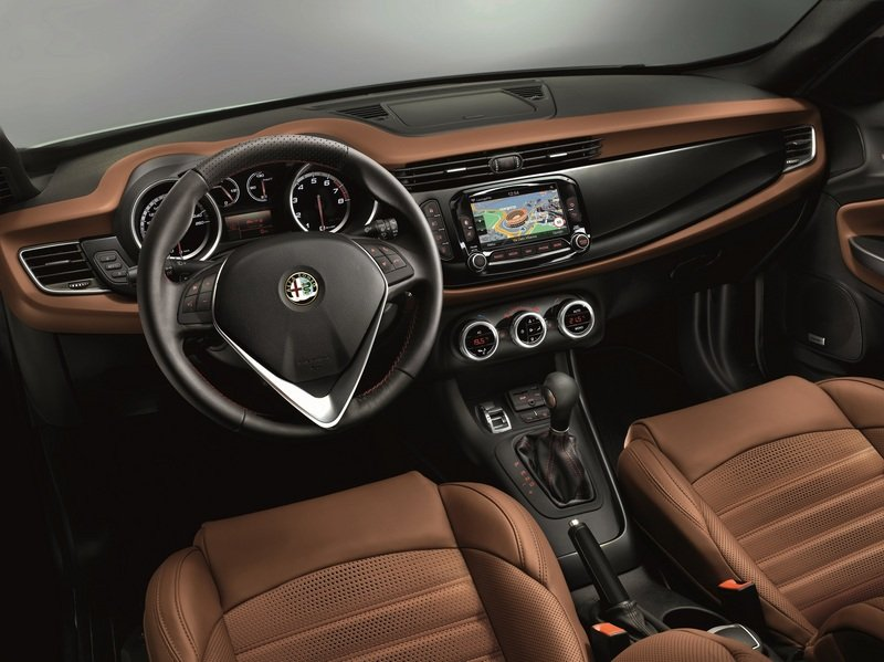 2014 Alfa Romeo Giulietta High Resolution Interior - image 521069