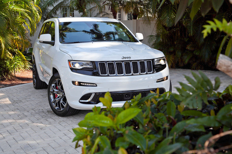 2014 Jeep Grand Cherokee SRT High Resolution Exterior - image 521957