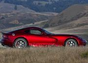 Wallpaper of the Day: 2014 Dodge SRT Viper - image 521264