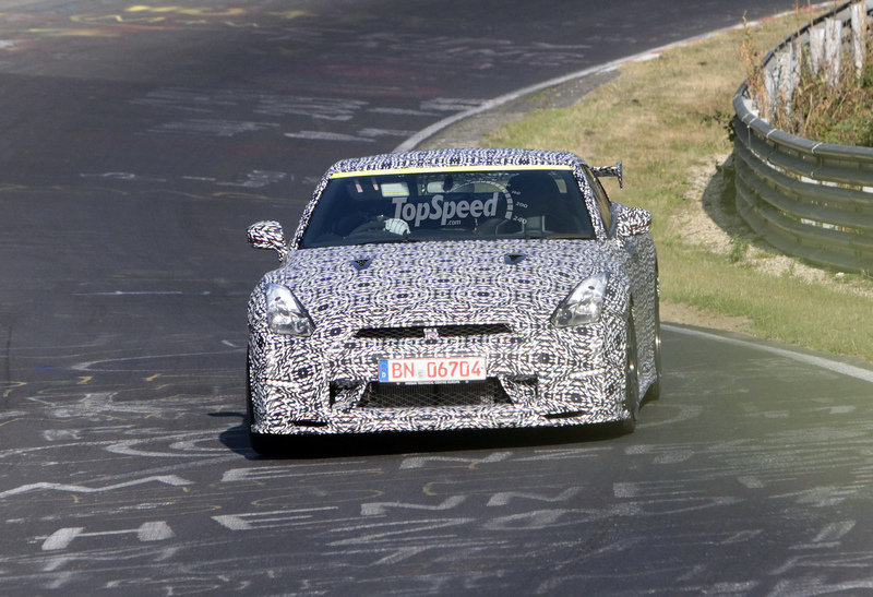 Spy Shots: Nissan GT-R Nismo Caught Testing at Nurburgring