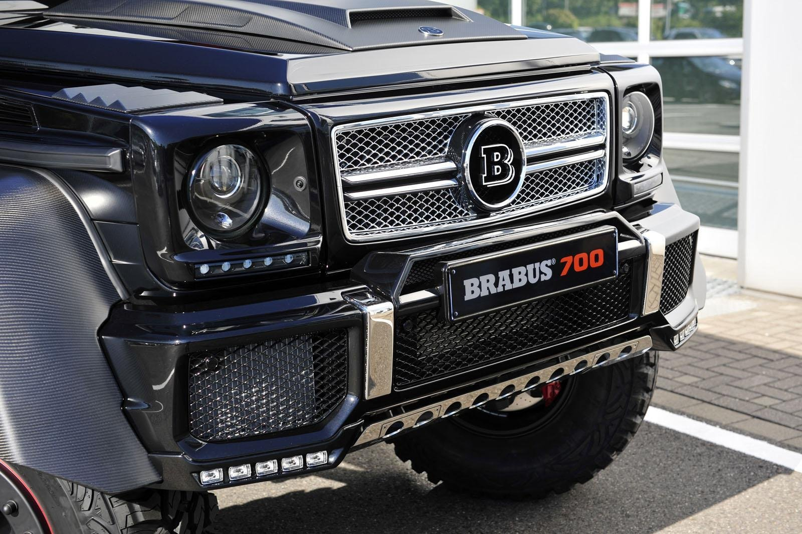 2013 mercedes benz g63 amg 6x6 b63s 700 by brabus for Mercedes benz amg 6x6