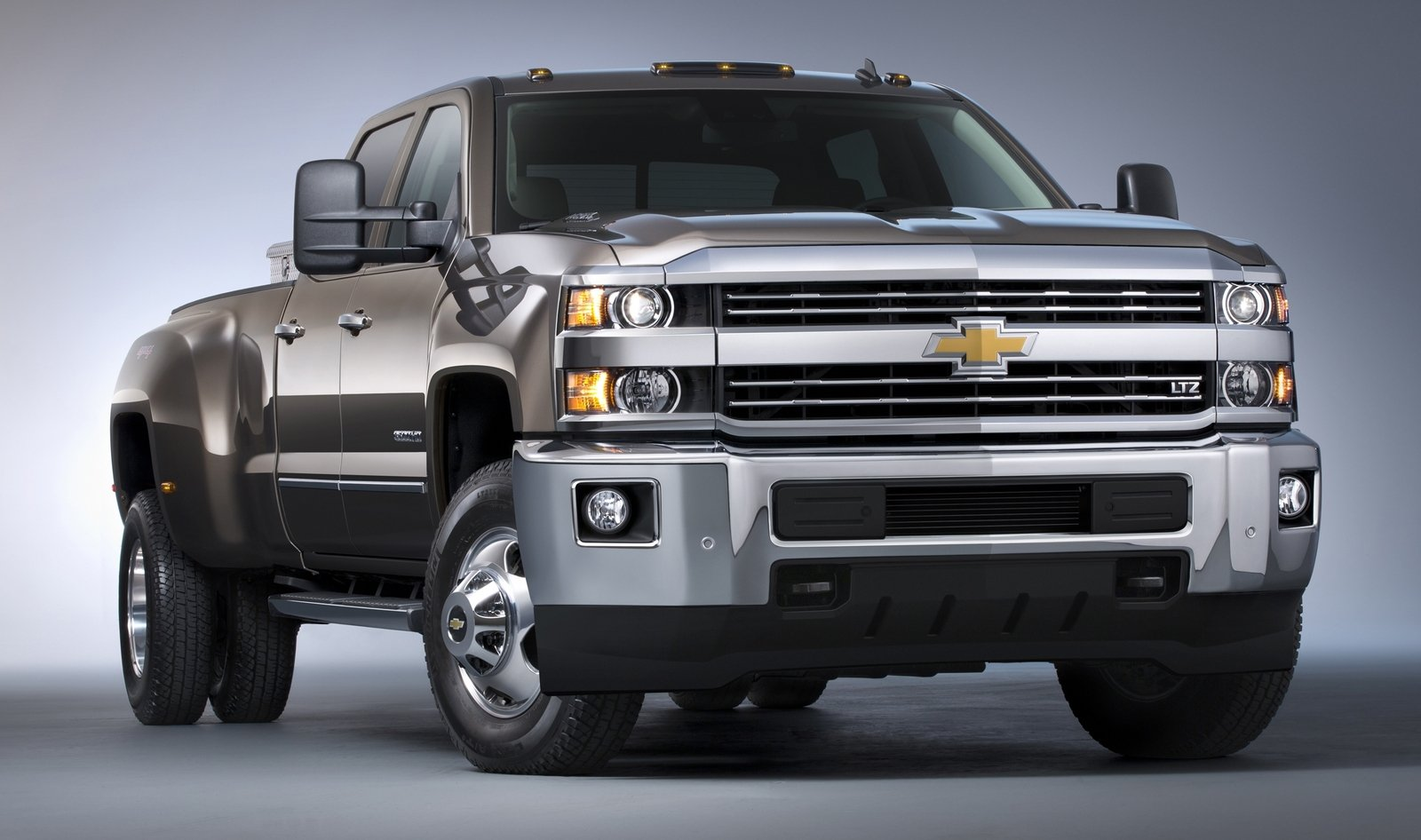 All Chevy chevy cars 2015 2015 Chevrolet Silverado HD Review - Top Speed