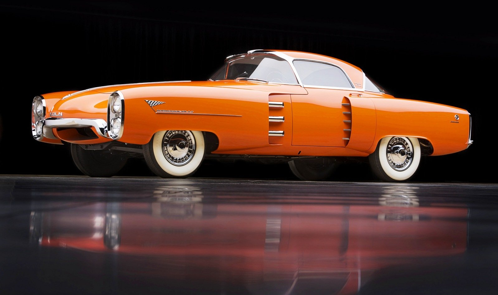 1956 chrysler boano auto shows car and driver - 1955 Lincoln Indianapolis Concept By Carrozzeria Boano Torino Review Top Speed