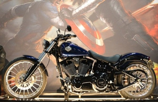 Victory Motorcycle Parts >> Harley-Davidson Provides The Motorcycle For 2014's Captain ...