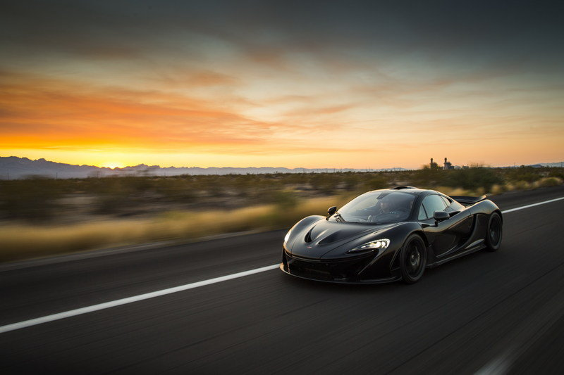 McLaren P1 Undergoes Testing in the Hot and Dry Deserts of America