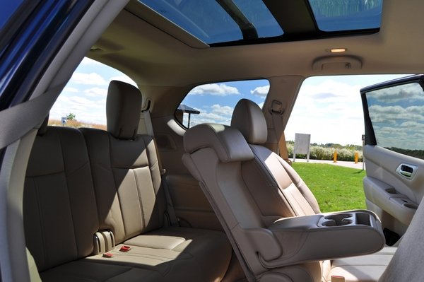 nissan rogue 3rd row seat 2017 2018 best cars reviews. Black Bedroom Furniture Sets. Home Design Ideas