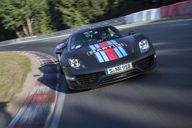 Porsche 918 Spyder Laps Nurburgring in 6:57 High Resolution Exterior - image 522636