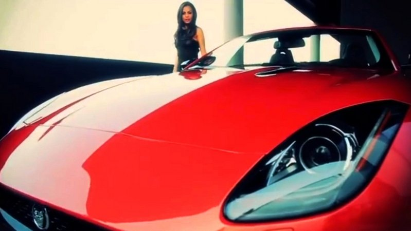 Video: Playboy Playmate of the Year Wins Jaguar F-type Exterior Models Female - image 521012