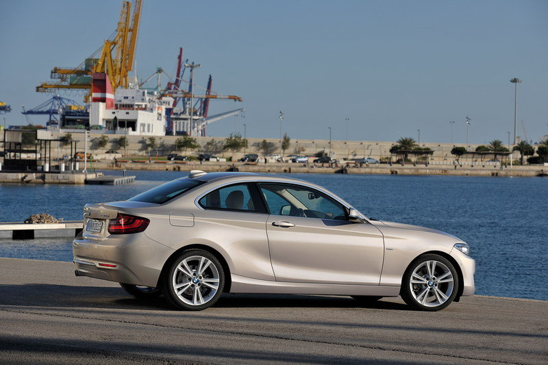 2014 - 2015 BMW 2 Series Coupe High Resolution Exterior - image 530079
