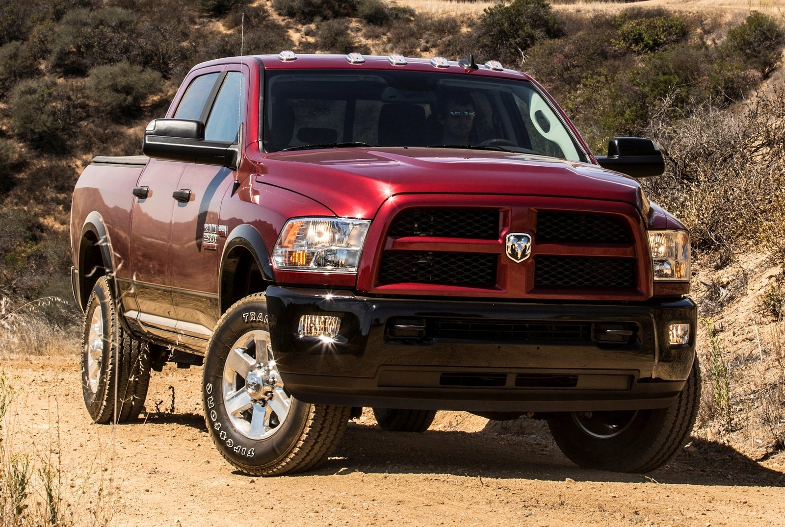 2014 ram heavy duty review top speed. Black Bedroom Furniture Sets. Home Design Ideas