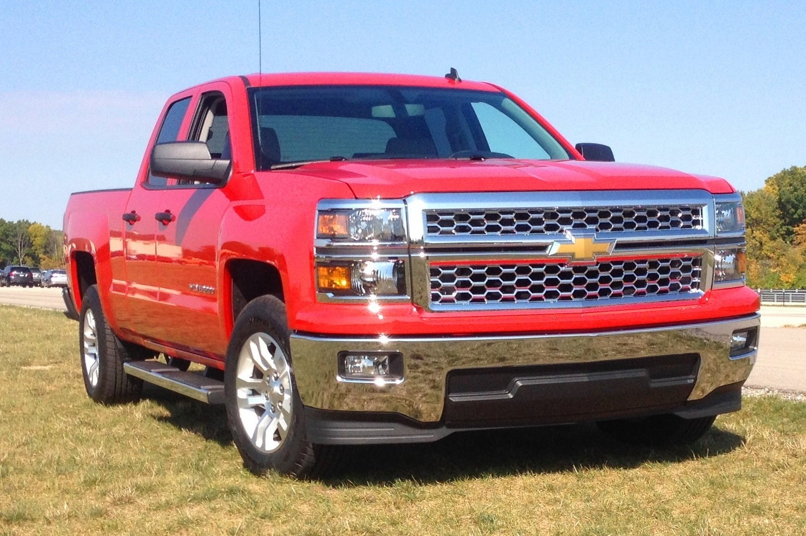 video walk around 2014 chevrolet silverado double cab v 6 news top speed. Black Bedroom Furniture Sets. Home Design Ideas