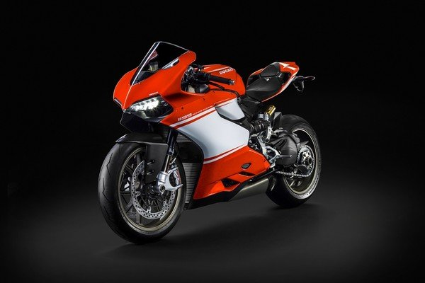 ducati joins the ohlins recall ranks, sends advisory on 1199
