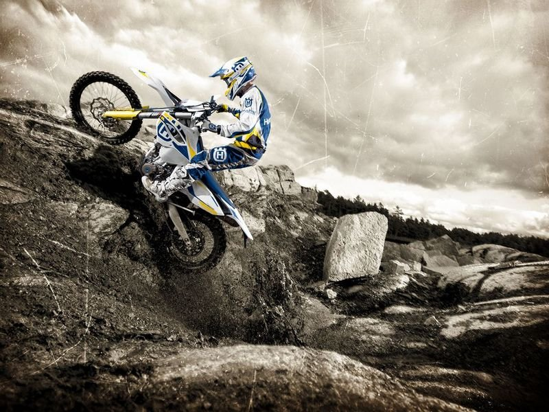 2014 Husqvarna FE 250 High Resolution Exterior - image 528731