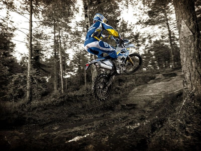 2014 Husqvarna FE 250 High Resolution Exterior - image 528732