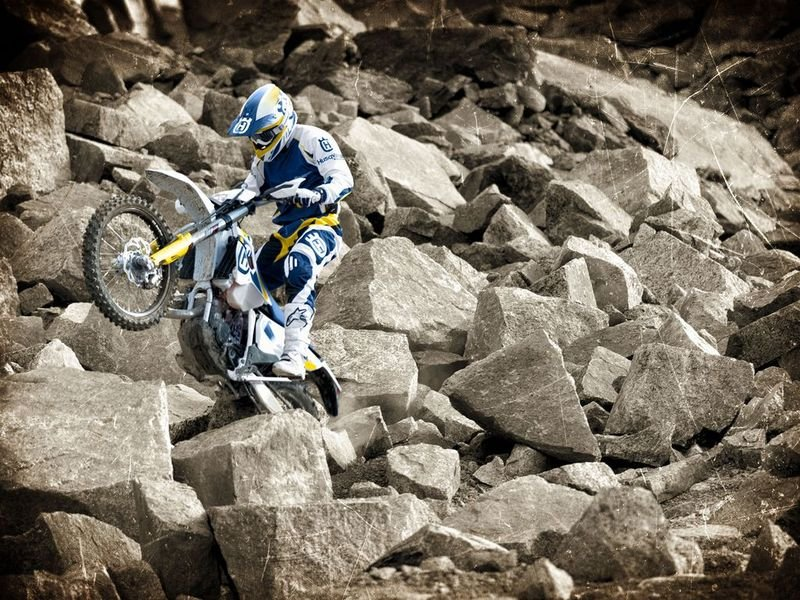 2014 Husqvarna TE 250 High Resolution Exterior - image 528510