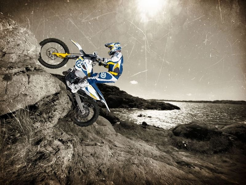 2014 Husqvarna TE 250 High Resolution Exterior - image 528512