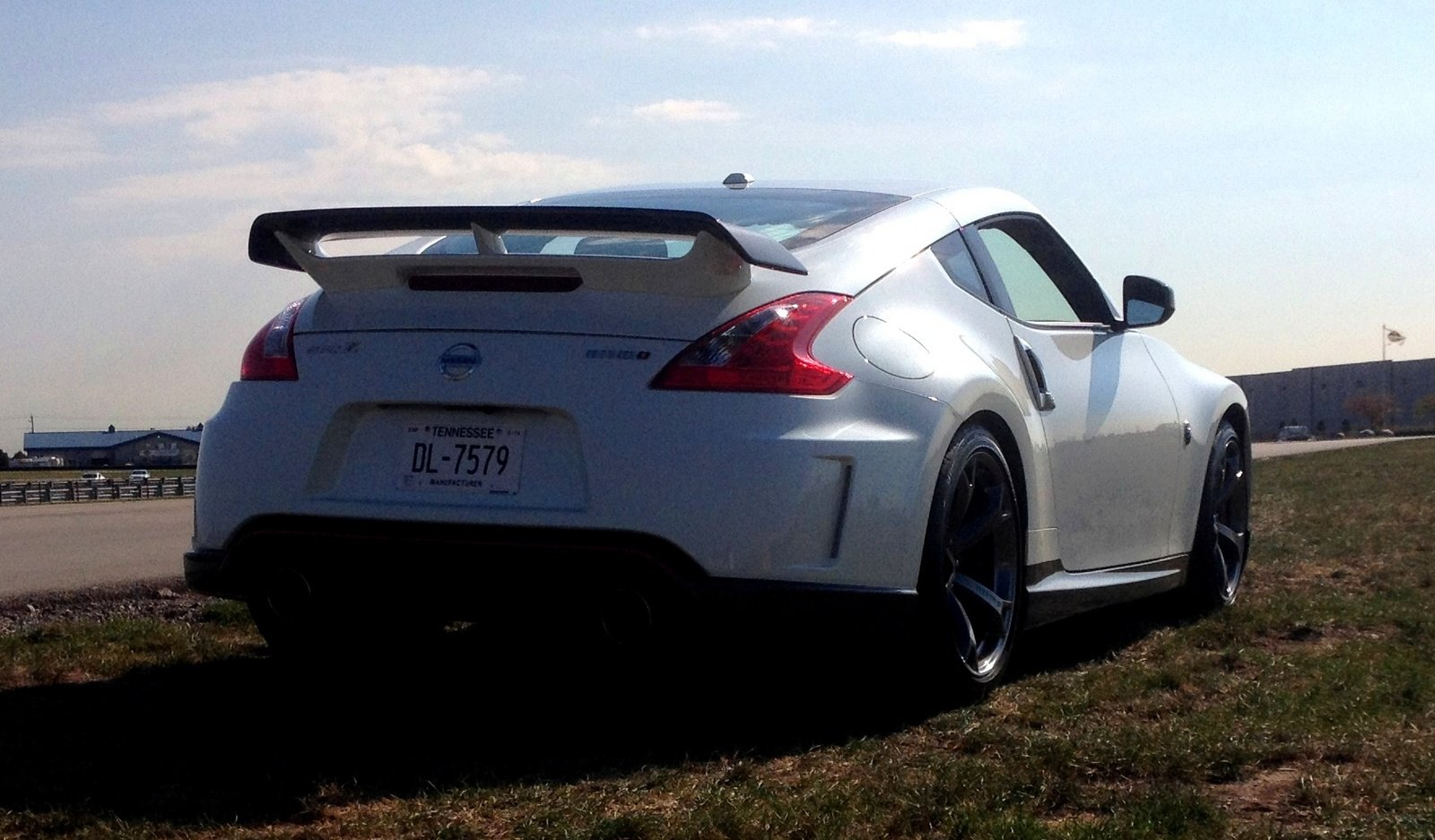 what is the top speed of a nissan 370z nismo. Black Bedroom Furniture Sets. Home Design Ideas