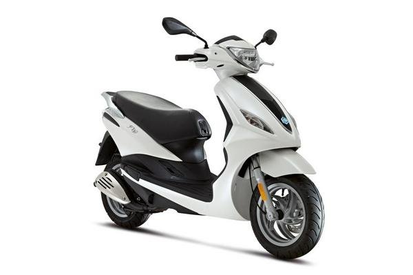 2013 piaggio fly 50 4v review - top speed