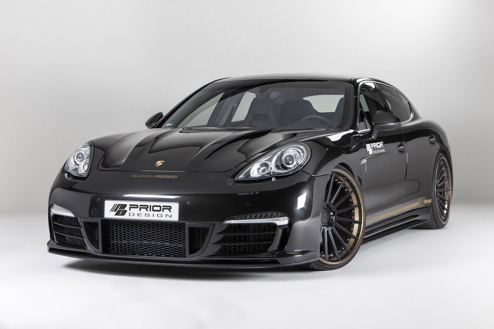 2013 porsche panamera prior600 by prior design review top speed. Black Bedroom Furniture Sets. Home Design Ideas