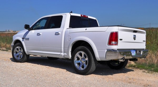 2014 ram 1500 ecodiesel driven car review top speed. Black Bedroom Furniture Sets. Home Design Ideas