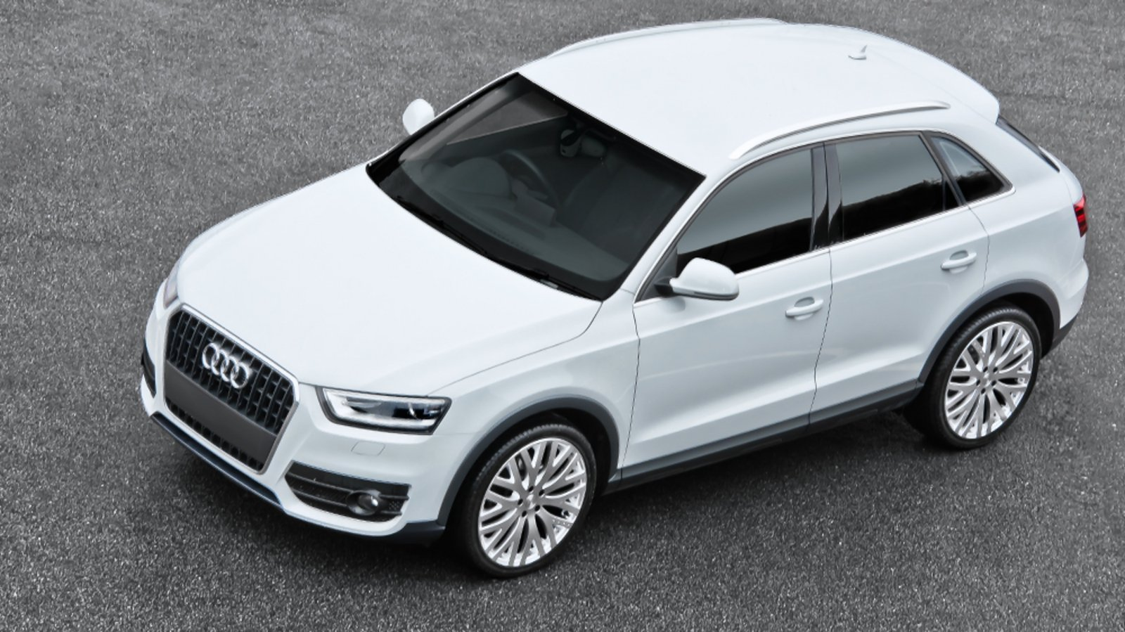 2013 audi q3 2 0 tdi by kahn design review top speed. Black Bedroom Furniture Sets. Home Design Ideas