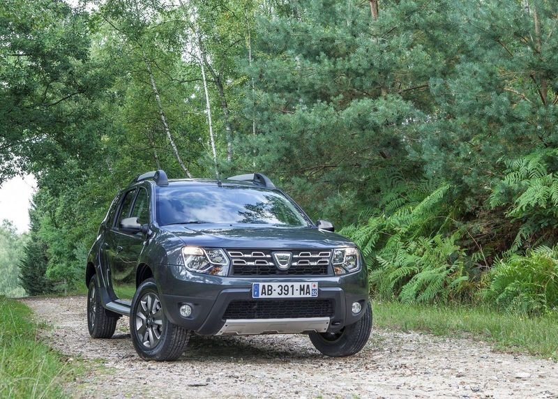 2014 Dacia Duster High Resolution Exterior - image 530896