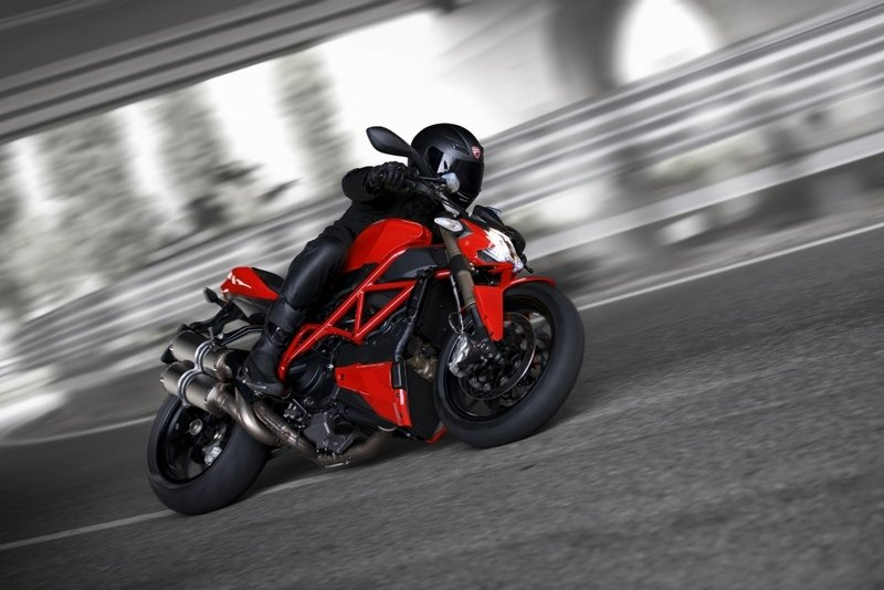 2014 - 2015 Ducati Streetfighter 848 High Resolution Exterior - image 531832