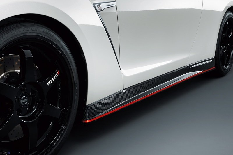 2015 Nissan GT-R Nismo Exterior - image 532762