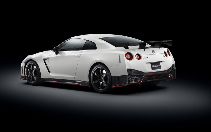 2015 Nissan GT-R Nismo High Resolution Exterior - image 532756