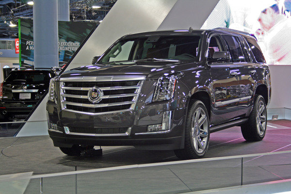 2015 cadillac escalade first impressions car review. Black Bedroom Furniture Sets. Home Design Ideas