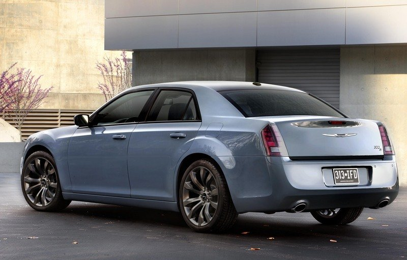 2014 Chrysler 300S High Resolution Exterior - image 532346