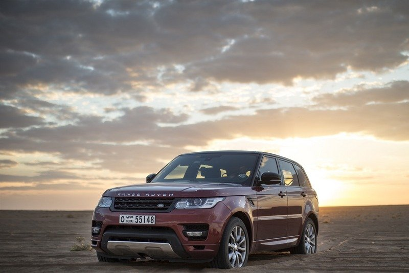 "Range Rover Sport Sets a New Record Crossing ""The Empty Quarters"""
