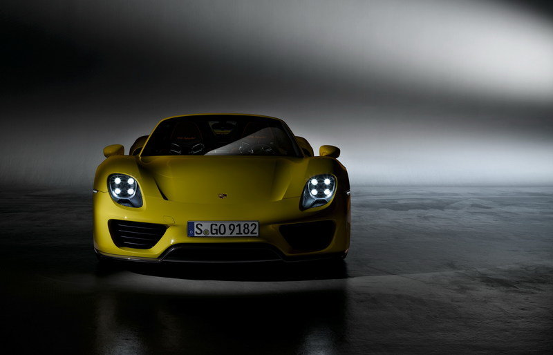Wallpaper of the Day: Porsche 918