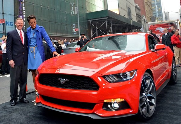ford mustang 2015 ford mustang v6 fastback lease - 2015 Ford Mustang V6 Fastback