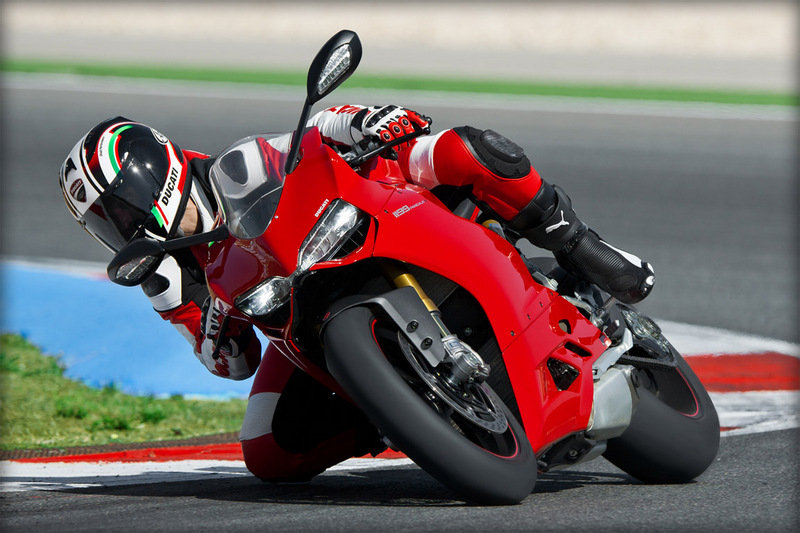 2014 Ducati 1199 Panigale S High Resolution Exterior - image 535747