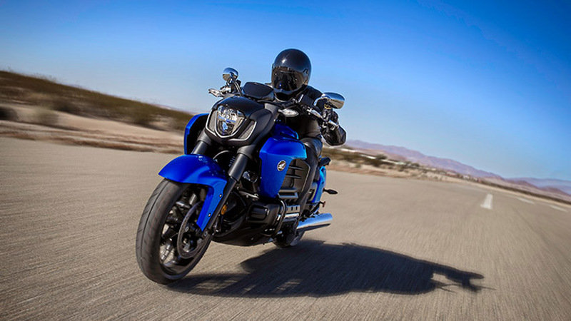 2014 Honda Gold Wing Valkyrie Exterior - image 534463