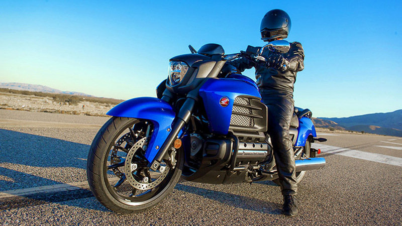 2014 Honda Gold Wing Valkyrie Exterior - image 534467